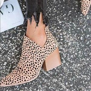 Jolimall Pointed Toe Ankle Boots